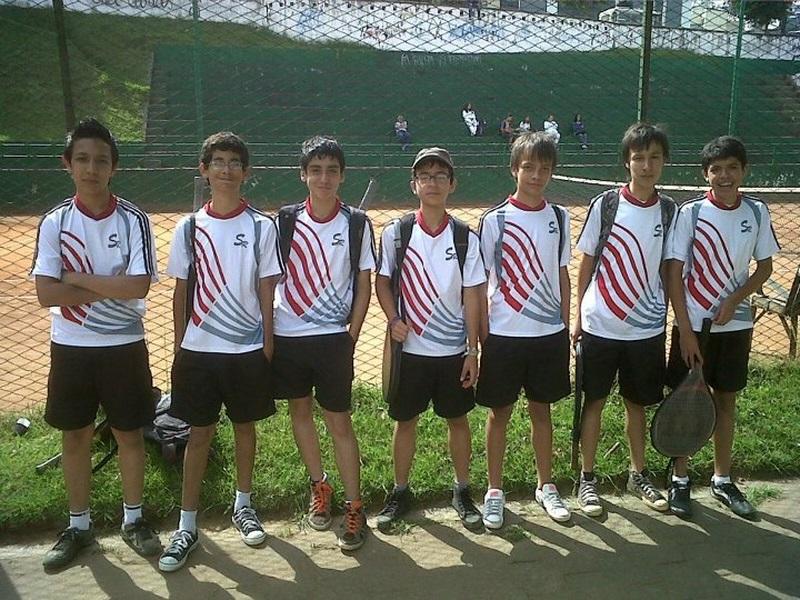 grupo de tenis INTERCOLEGIADOS 2012 Copiar